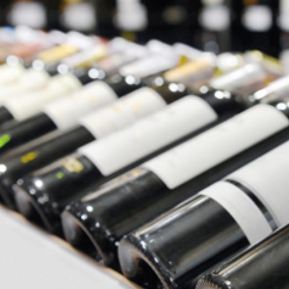 C1S paper label on wine bottles